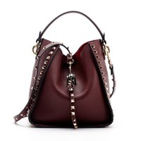 заклепки для сумок оптовых-Бренд 2019 зима новый женский кожаный кошелек и сумочка большие большие сумки заклепки дизайнер Crossbody сумки новый дизайн сумка 801