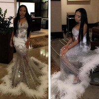 ingrosso laurea bianca nera-Black Girls Mermaid White Feather Prom Dress 2k17 Paillettes argento scintillante Sweetheart See Through Skirt Abiti lunghi da festa Abiti da festa