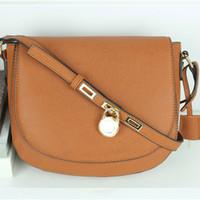 moda bayan çantası toptan satış-Yüksek kalite yeni varış kilit çanta moda kadınlar ünlü crossbody çanta bayanlar tasarımcı eyer çanta bayan hasp mesaj çanta kadın