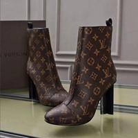 talons pointus achat en gros de-Nouvelle mode européenne et américaine a souligné les chaussures de femmes pointues bouche peu profonde audacieux fantaisie talons hauts designer femme talons hauts