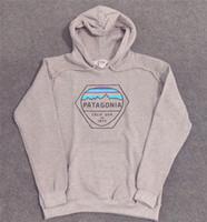 camisola cinzenta dos homens venda por atacado-PATAGONIA Mens Hoodie de Alta Moda Mens Designer Hoodies Patagonia Cinza Claro Impresso Manga Longa Camisola S-2XL