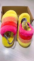 sandal terlik modeli toptan satış-Yeni Model Kadınlar Kürklü Terlik Avustralya Fluff Evet Slayt Moda Lüks Tasarımcı Kadınlar Sandalet Kürk Terlik gpz19070301