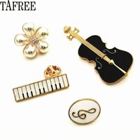 Wholesale lapel clips for sale - Group buy Violin Guitar Piano Pearls Musical Note Lapel Pins Enamel Brooches Women Badge Suit for Bag Hat Collar Clips LP374