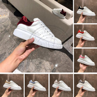 Wholesale mens loafer sneakers for sale - Group buy 2019 Womens Luxury Designer Platform Sneakers Vintage Black White Leather Casual Shoes For Mens Womens Trainers Sports Loafers Party Shoes