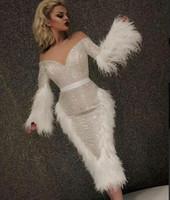 kim kardashian beyaz elbiseler toptan satış-Akşam elbise Yousef aljasmi Kim kardashian V Yaka Beyaz Sequines Tüy V Yaka Uzun kollu Zuhair murad Ziadnakad 0011