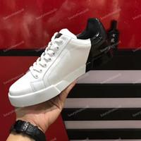 sıcak beyaz elbise erkek ayakkabıları toptan satış-SıCAK Erkek Lüks Tasarımcı Sneakers Kadın Erkek Rahat Ayakkabılar Sneaker Ekleme Renk Beyaz Deri Dantel-up Ayakkabı Parti Elbise ayakkabı