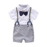ternos romper bebê recém-nascido venda por atacado-Bebê recém-nascido Menino Verão Roupas Formais Set Arco de Casamento Meninos de Aniversário Terno Geral Camisa Romper Branco Criança Gentleman Outfit