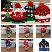 kardan adam yılbaşı şapkaları toptan satış-Led Noel Örgü Şapka Noel Işıklı Beanies Şapka Açık Işık Pompon Topu Kayak Cap İçin Santa Kardan Adam geyiği Noel ağacı HH9-2463