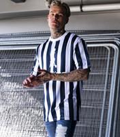 camisetas de secado rápido al por mayor-FOTOS REALES 2019 Moda con rayas de diseño para hombres Camisetas de secado rápido para hombres Camiseta de manga corta Camiseta para correr Top Tees Marca al por mayor
