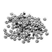 schwarze weiße babyperlen großhandel-400 stücke Russische Alphabet Buchstaben Acryl Perlen Alte Silber Farbe Für Schmuck Machen Diy Armbänder Halskette Erkenntnisse 7mm Zufällig