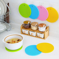 Wholesale silicone pot holders for sale - Group buy 18cm Round Heat Resistant Silicone Mat Drink Cup Coasters Non slip Pot Holder Table Placemat Kitchen Accessories DLH161