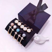 natürliche süßwasserperlenarmbänder großhandel-Mode-Accessoires Kupfer Kristall Liebe Armreifen für Frauen Natürliche Süßwasserperlen Manschette Armband
