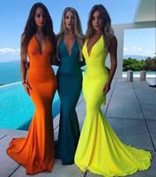 resmi spandex elbiseleri toptan satış-2019 çarpıcı denizkızı Gelinlik yular seksi v boyun zarif akşam resmi önlük Esnek Spandex uzun özel yapılmış vestidos de fiesta