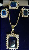 collar de perlas rosa pendiente conjunto al por mayor-Joyería Pearl Set 4 opciones al por mayor noble azul / rosa / rojo / púrpura cristal perfecto diseño collar pendientes pendientes Envío gratis