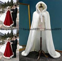 tallas de piel más tamaño al por mayor-2020 Real Imagen romántica cabo encapuchado rojo de novia blanco de la boda larga Capas de piel falsa para el invierno abrigos nupciales de novia más el tamaño de Capa