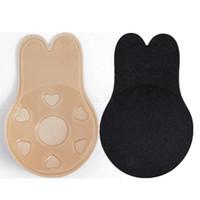 sutyen göğsü görünmez toptan satış-Kadın Tavşan Kulak Göğüs Çıkartmalar Anti-sark Yapış Görünmez Silikon Sutyen Yapıştırıcı Sütyen Göğüs Pedleri Meme placket Kapakları 50l ...