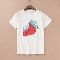 erdbeer-t-stücke großhandel-Hip Hop Sommer Marke Männer T-shirts Kurzarm 100% Baumwolle Oansatz Hemd Männer Frauen Tops T Designer Strawberry Printed Shirts