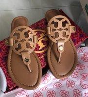 cortar sandálias de praia venda por atacado-Verão chinelos de marca de luxo designer cortar verão mulheres sandálias de praia Moda desliza chinelos deslizamento interior chinelos Louis