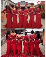 платья подружки невесты с длинными рукавами красного цвета оптовых-2019 дешевые кружева темно-красный Русалка невесты Платья для свадеб с длинными рукавами кружева аппликации пояса партии развертки поезд фрейлина платья