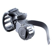 велосипедные фонари оптовых-Accessories 360 Degree Holder Mount Bracket Torch Practical Bicycle Light Stand Rotation Portable Rubber Quick Release Grip