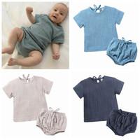 ropa de lino para niños al por mayor-2019 niños unisex conjuntos cortos bebés niños ropa de verano boutique de ropa algodón recién nacido camisas de lino bloomers pantalones cortos 2 piezas para niños pequeños trajes