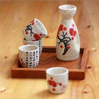 beyaz cam kadehler toptan satış-Kişilik Japon tarzı Sake Yaratıcı Seramik Şarap Seti Ev Yalıtım Şarap Cam Seramik Bir Demlik 4 Gözlük Sake Beyaz Şarap Pot Set