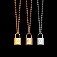 cadena de oro de 18k estilos. al por mayor-Joyas de lujo de plata con cerradura de oro rosa colgante, collar de diseño, oro fino de 18 quilates, cadena fina para mujer, collares, estilo de moda