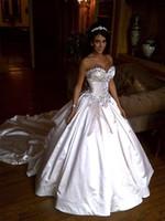vestidos de cetim e pnina venda por atacado-2019 elegante cetim pnina tornai vestido de baile vestidos de noiva querida marfim cristal brilhante frisado lace up vestidos de noiva capela trem