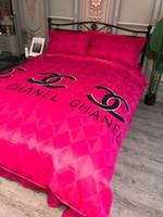 conjunto de consolador de rosa negra venda por atacado-Novo Amor Pick 4 pcs Conjunto de Cama Carta de Impressão de Algodão Capa + Folha de Cama Definir Moda Têxtil de Casa Nordica Veludo Quente Moda Curto Plush Crysta