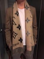estilo bandana cachecol venda por atacado-New Luxury Design Os homens Scarf 100% Cashmere Scarf Moda Gradiente estilo de letra etiqueta original de inverno de espessura Bandana Ladies Scarf Quente Cashmere