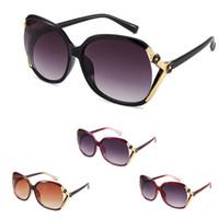 gafas de sol de protección uv venta al por mayor-Mujeres Sunglass venta caliente para mujer moda de verano protección UV gafas de sol gafas de sol negras al por mayor envío gratuito 0032GLS