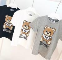 marca camiseta chicas al por mayor-Diseñador de niños Camiseta de lujo para niños Patrón de oso de manga corta para niñas Letra de la marca Printed Top Tees 2019 Verano Nueva ropa para niños 3 ESTILOS