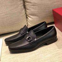 Wholesale beige low heeled dress shoe resale online - Brand Designer Men cow leather Dress Wedding shoe formal Suit Office Moccasins Luxury Buckle Horsebit Loafers Casual Oxfords