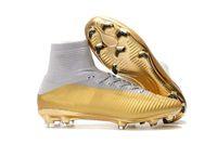 yeni cr7 açık hava ayakkabıları toptan satış-Yeni 2019 Mercurial Superfly V TF / IC / FG Futbol Çizmeler Açık / Kapalı Erkek FG Futbol Ayakkabı Tasarımcısı Altın CR7 FG Futbol Cleats
