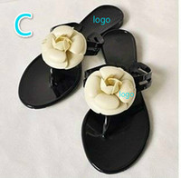 Wholesale women flip flops flowers resale online - desinger women slippers outdoor sandals slippers Flip Flops flats non slip Summer high fashion beach sandals with flowers