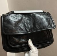 bolsa de couro puro feminino venda por atacado-Mulheres de alta Qualidade designer de sacos de Ombro preto de metal Cadeia Sacos De Couro Tote Bolsas Pretas de preto Bolsa de Faculdade bolsas 3831