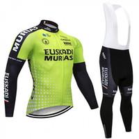 ingrosso pantalone lungo a maniche lunghe per il ciclismo-Squadra Euskadi Sport all'aria aperta Mens Ciclismo Maglia da bici Abbigliamento da bicicletta Maglie a manica lunga e Pantaloni con bretelle in gel 3D Q8087