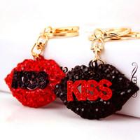 поцелуй губы моды оптовых-Sexy Lip Letter KISS Брелок Женщины Горный Хрусталь ПОЦЕЛУЙ Губы Брелок Подарок для Любви Подружки Модные Аксессуары