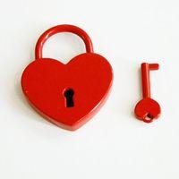 amor dia dos namorados venda por atacado-50 pcs Criativo Amor Cadeado Coração Em Forma de Cor Vermelha Para Presentes de Casamento Dia Dos Namorados Para O Casal Amante