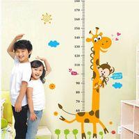 stickers enfants hauteur achat en gros de-Hauteur amovible Tableau Mesure Sticker mural Decal pour enfants Chambre de bébé Girafe