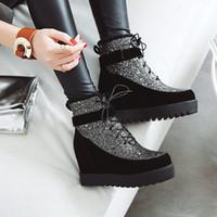 siyah kama platform ayak bileği botları toptan satış-2019 Ayak bileği Boots Kama Boots Topuklar artırılması Kış Kadın Deri Günlük Ayakkabılar Yüksekliği Gizli Ayakkabı Kadın Platformu Botaş Siyah