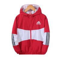 баскетбол куртки мода оптовых-Лоскутная баскетбольная куртка для мужчин новая повседневная спортивная ветровка для мужчин мода работает мужская дизайнерская куртка