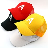 gorra roja de camionero al por mayor-Children letter baseball cap embroidery A mesh trucker cap 3-7 Years adjustable size Black White Yellow Red