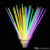 neon-stick lichter großhandel-Multi Farbe Knicklicht Armband Halsketten Neon Party LED Blinklicht Stick Zauberstab Neuheit Spielzeug LED Gesangskonzert 200 stücke