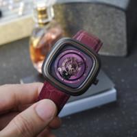 montre carrée violette achat en gros de-Personnalité de la mode Unique 41MM Purple secondes secondes carrés Dial Montre Femme Bracelet En Cuir Calendrier Rétro Quartz Montre Femme Reloj