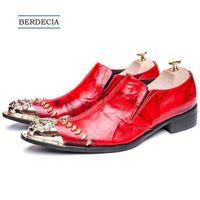 vestido de casamento vermelho masculino venda por atacado-Italiano de Luxo de Ouro de Metal Toe Men Dress Shoes Vermelho Genuíno Festa De Couro Do Casamento Formal Sapatos Masculinos Plus Size 38-47