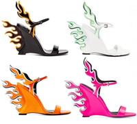 alev alev toptan satış-2019 marka yeni kadın Gladyatör Sandalet Kadın Burnu açık kama Topuk Ayakkabı Kadın Parti Ayakkabı alev desen sandalet