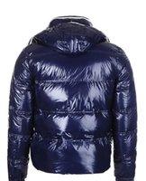 descuento de la chaqueta de los hombres s al por mayor-Chaqueta de invierno de Down diseñador caliente de los hombres de las chaquetas con capucha para hombres Parkas acolchado más el tamaño de la venta del descuento abrigos