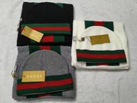 beanie şapka eşarp seti toptan satış-3 renkler Şapkalar Atkılar Setleri Yeni moda marka kış kasketleri siyah beyaz gri renk atkılar