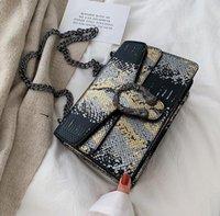 bolso de color serpiente al por mayor-mujeres al por mayor fábrica de bolsos de serpiente nueva bolsa de mensajero de la manera bolso de cuero de cuero bolsa de la cadena de serpiente de color de contraste